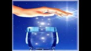 Fazer água energizada em casa